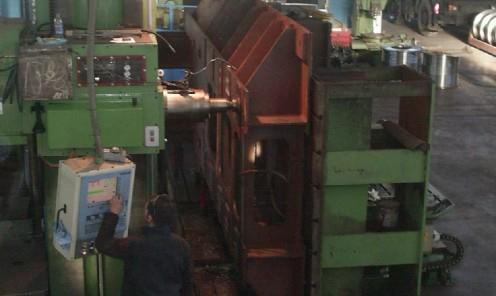Fresatura e foratura CNC basamento motore in carpenteria metallica