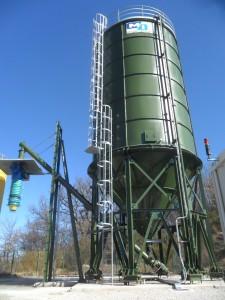 Costruzione e montaggio silos stoccaggio e dosaggio cementi