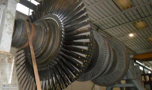Sostituzione completa pale rotoriche su rotore turbina vapore