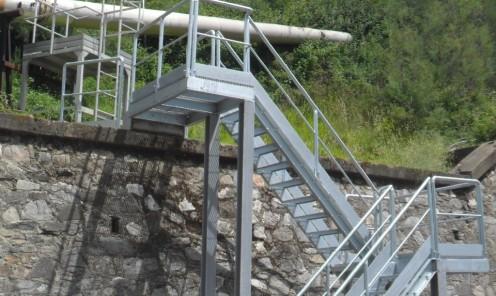 Costruzione e montaggio in opera strutture in carpenteria metallica zincata